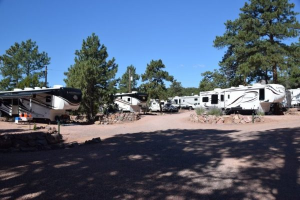 Mountaindale RV Resort - Fifth Wheels