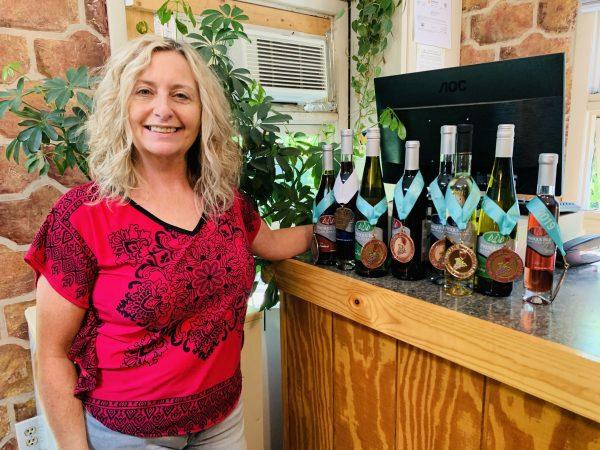 AOL - Presque Isle Winery - Lauri