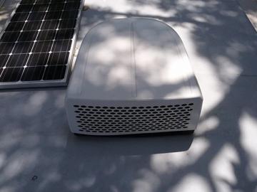 RV Air Conditioner Unit